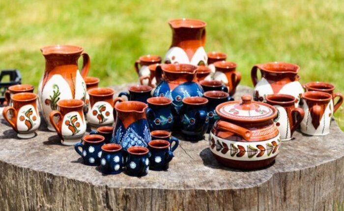 ceramic-pottery-at-horezu-640